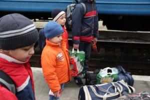 Угорщина надала допомогу багатодітним сім'ям переселенців Криму, які живуть у Львові