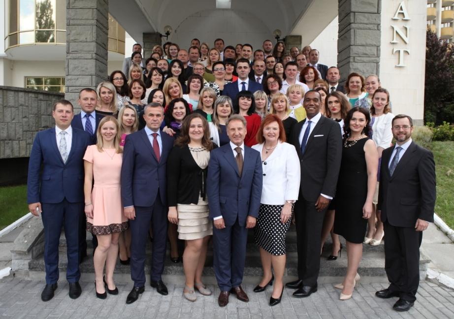 40 нових випускників програми з питань судового адміністрування отримали сертифікати