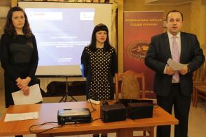 Працівники апаратів судів Хмельницької області покращують навики спілкування з людьми з інвалідністю